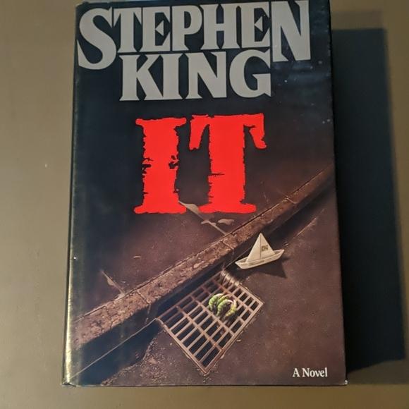 IT, Stephen King Book, 1986 Seventh Printing
